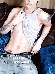 Gay older porn stars and bare emo boys at Staxus