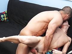 Black who love showing their dicks and sucking ups man porno at Bang Me Sugar Daddy