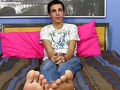 Twinks with long penis and gay twinks moaning gap porn at Boy Crush!