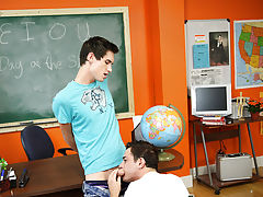 Twinks images free movies and young guy teaching twink to blow him at Teach Twinks