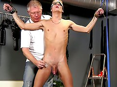 Gay close up blowjob hunk porn...
