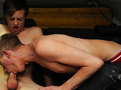 Cute gay boy show ass and young cute american gay sex at Boy Crush!