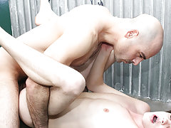 Hot muscles gays boys xxx video...