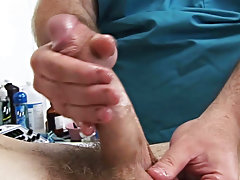 Hairy amateur solo guy taint pic and nude male amateur pics