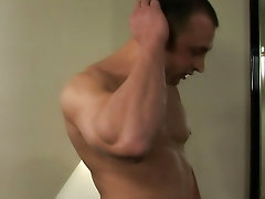 Cute twinks fuck muscle dads...