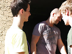 Ejaculating twinks and young boys ass fuck pictures at Bang Me Sugar Daddy