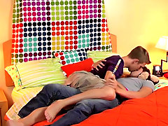 You must watch these two hot twinks go on a date that turns into a bedroom romp
