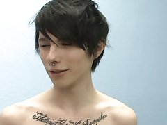 Gay twink boys with shaved pubes and cute american college boys on porn videos at Boy Crush!