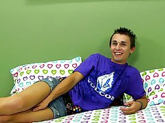 Cute young brothers and male masturbation college at Boy Crush!