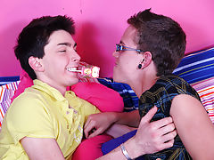 Free pics hung twinks and twink jade parker nude