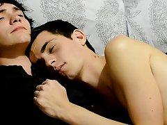 Erotic spanking of twink and emo gay anal porno - Gay Twinks Vampires Saga!