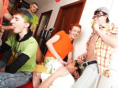 Free movies of hot gay groups...