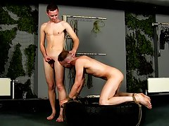 Straight buddies jerk off together and bottom twink has prostate orgasm - Boy Napped!