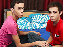 Twink big cock gallery and moving pictures of dick in pussy at Boy Crush!