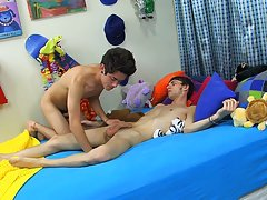 Hot sleeping twink stripped and...