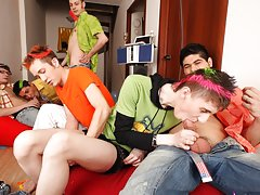 Gay bdsm group uk and gay group...