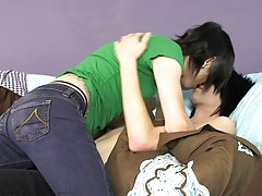 Skinny teen boy nude pics and indian gay twink thumbs at Boy Crush!