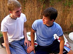 Free teen gay boys tube twinks porn and nude brown haired guys