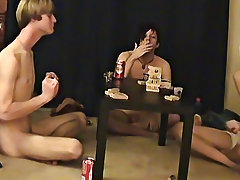 """Trace and William receive together with their fresh friend Austin for the second installment of """"game night"""
