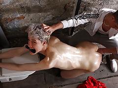 Alien anal porn where guy flips...