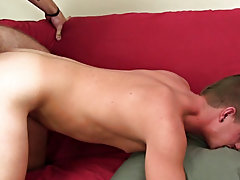 Nude beefy straight boys and...