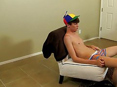 Twinks boys video free mobile...