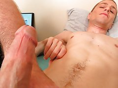Young hs boy big dick pic and white guys jerking off
