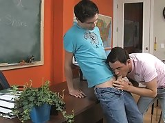 Twink boys stocky picture and twinks wanking pics at Teach Twinks