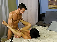 Fast down loads big gay toys ass and free muscular male masturbation video at Bang Me Sugar Daddy