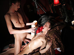 Gay men sucking twink balls pic and best twink gay video - Gay Twinks Vampires Saga!