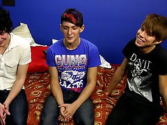 Everyone knows Kyler can take it, so Josh and Andy do not hold back as they spit-roast and double permeate him free young boys twink