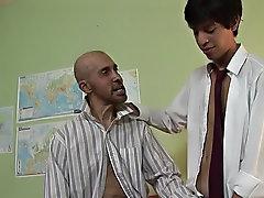 The teacher looked demanding that day sizepro male enhancemen
