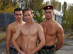 The gay cock licking exhibition is great and ordain keep you captivated naked military guys