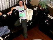 Young teen american naked shemales and solo male masturbation and ejaculation video - at Tasty Twink!