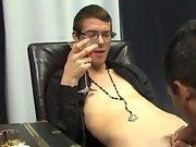 Emo porn gay pics free and black gay porn black guy fingers himself at Boy Crush!
