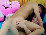 Free gay twink gallerys and his first gay double penetration - at Real Gay Couples!