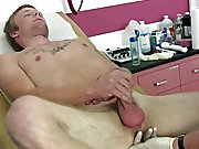 Jordan is a hot smooth sexy straight boy that is 20 years old, stands 5'10 and weighs in at 137lbs straight men jerking