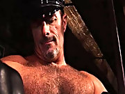 Butch returns for more making whoopee in the Vauxhall leather club, this in the nick of time b soon with muscle bound Tim xxx gay fat bears at Alpha M